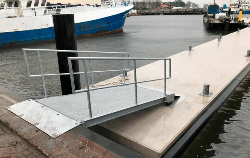 markten ponton, pier en stijger